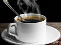 Как быстро остудить горячий чай или кофе