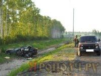 На трассе машина улетела в кювет: водитель погиб, пассажиры в больнице