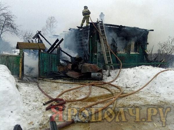Двое малышей в возрасте 3-х и 4-х лет погибли на пожаре от полученных сильных ожогов.