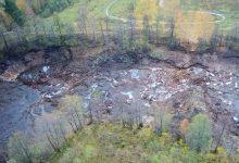 Photo of Целое озеро со всей рыбой внезапно ушло под землю за несколько часов. Видео