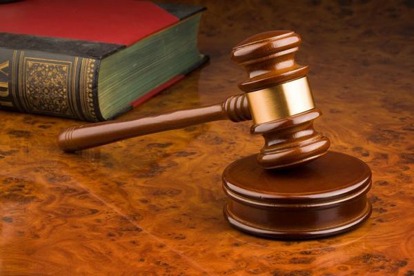 суд,судебный молоток,