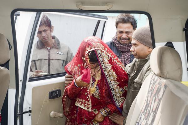 Индия,продал почку жены,