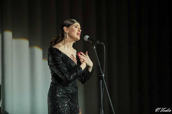 Французская певица-шансонье выступит на владимирской земле