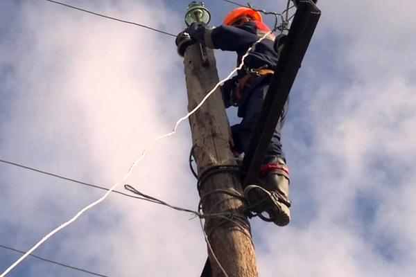 Ураган оставил без электричества 30 населенных пунктов в регионе
