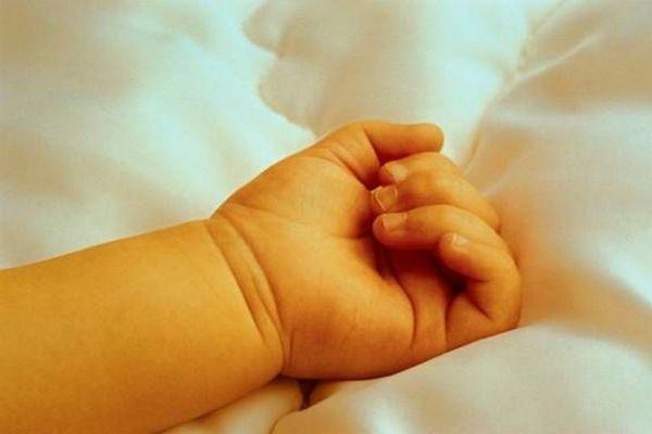 Многодетная мать насмерть придавила ребенка грудью