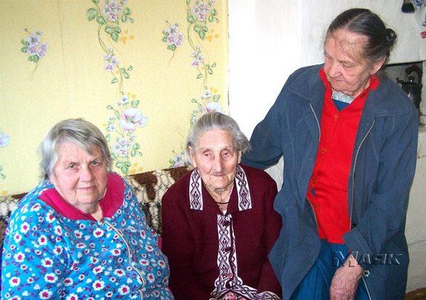 Старейшая женщина региона живёт в Станках