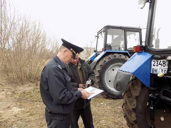 В Гороховце проверили трактора