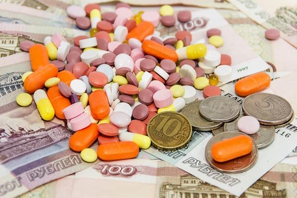 Прокуратура заставила региональный минздрав вернуть женщине 50 тысяч рублей, потраченные на бесплатные лекарства