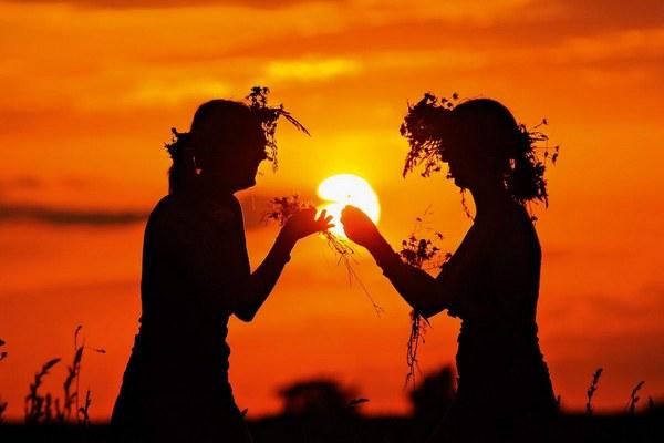 солнцеЮдевушки,солнцестояние,лето,