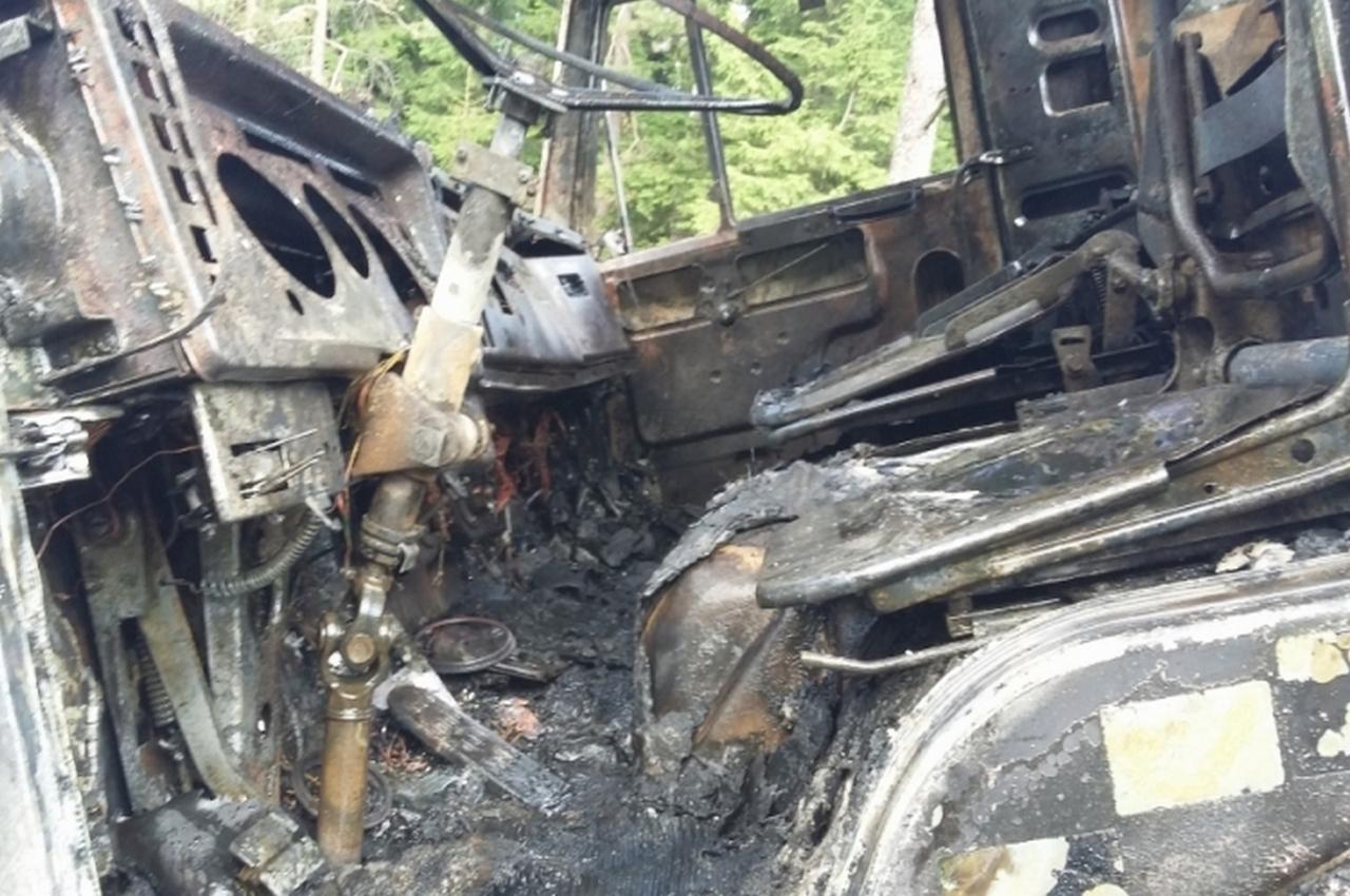 На трассе утром сгорел большегрузный автомобиль