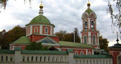 Вязники,Крестовоздвиженская церковь,