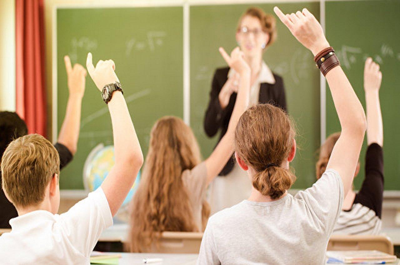 Депутаты предложили давать выпускникам школ год, чтобы определиться с профессией