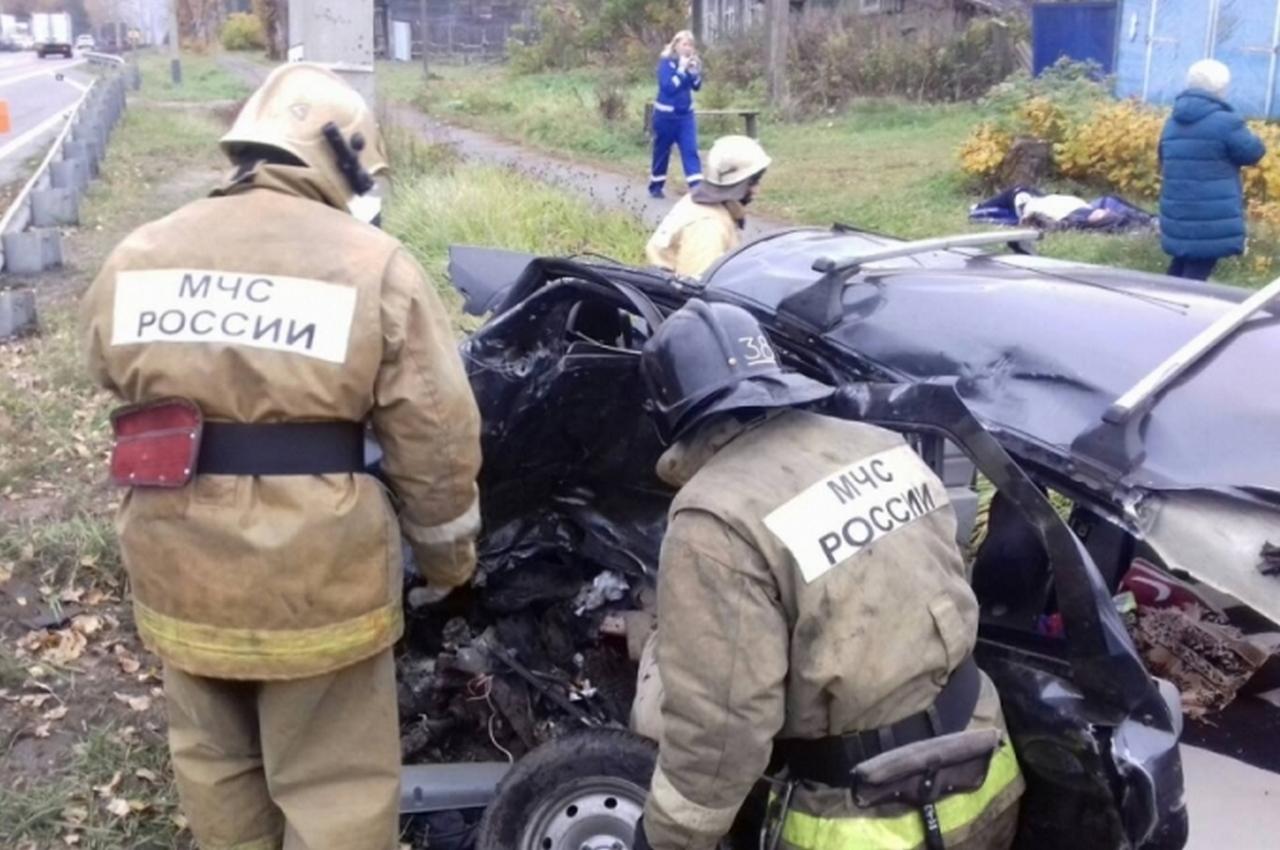 ДТП на трассе в Гороховецком районе. Спасателям пришлось проводить деблокирование пострадавших