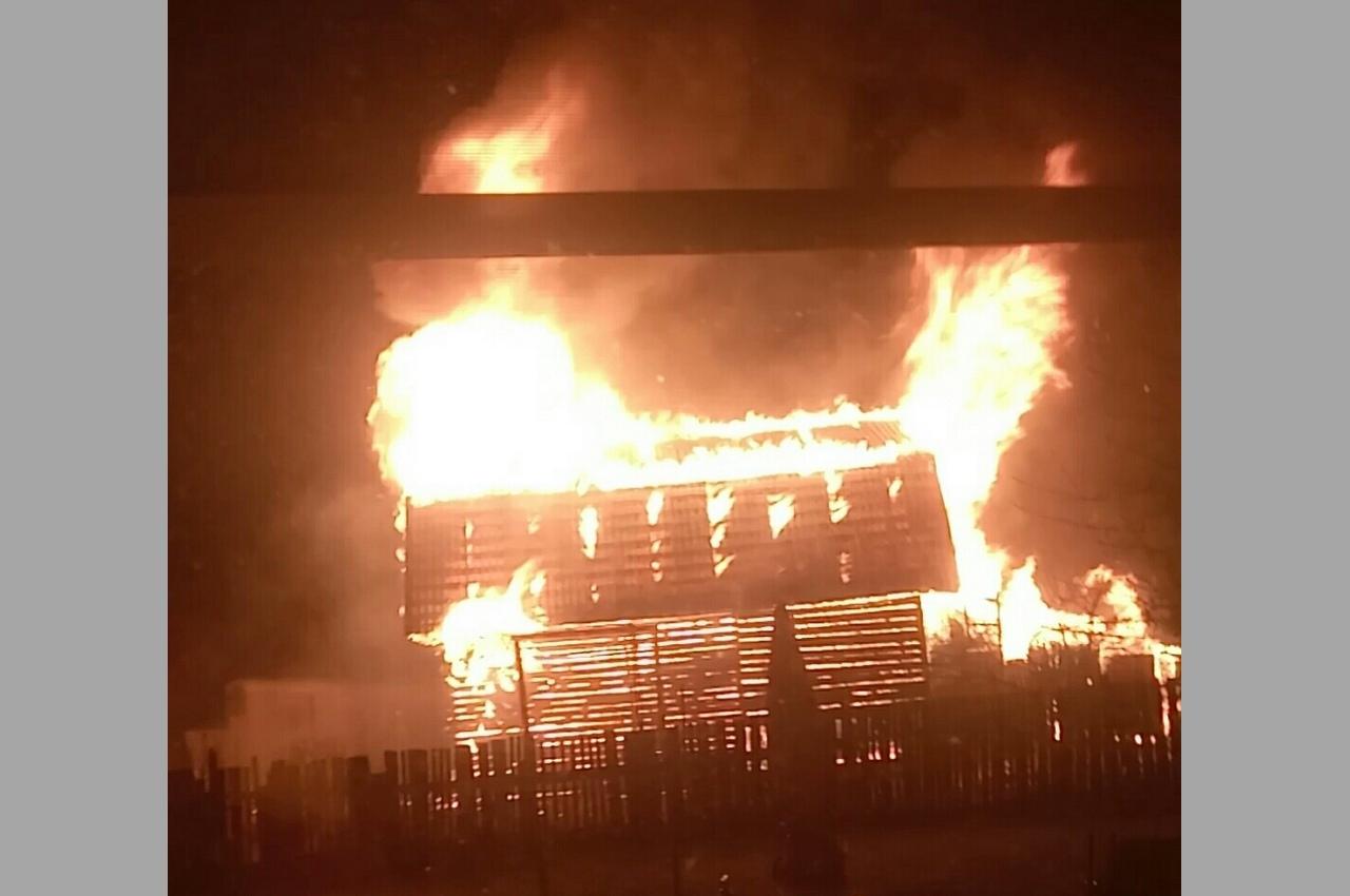 Утром в Вязниках сгорел дом