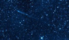 11 ноября в небе можно наблюдать «поцелуй» Луны и Сатурна, а также звездопад Северные Тауриды