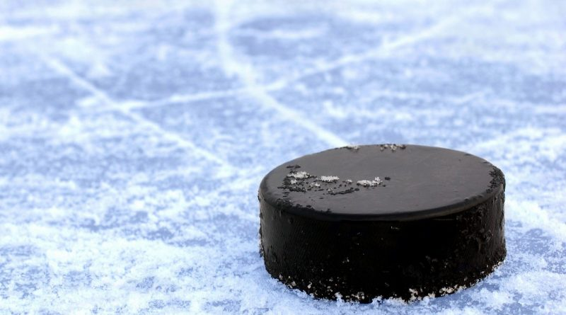 хоккей,шайба,лёд,