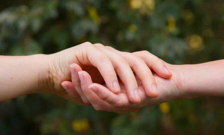 за руки,руки влюбленных,