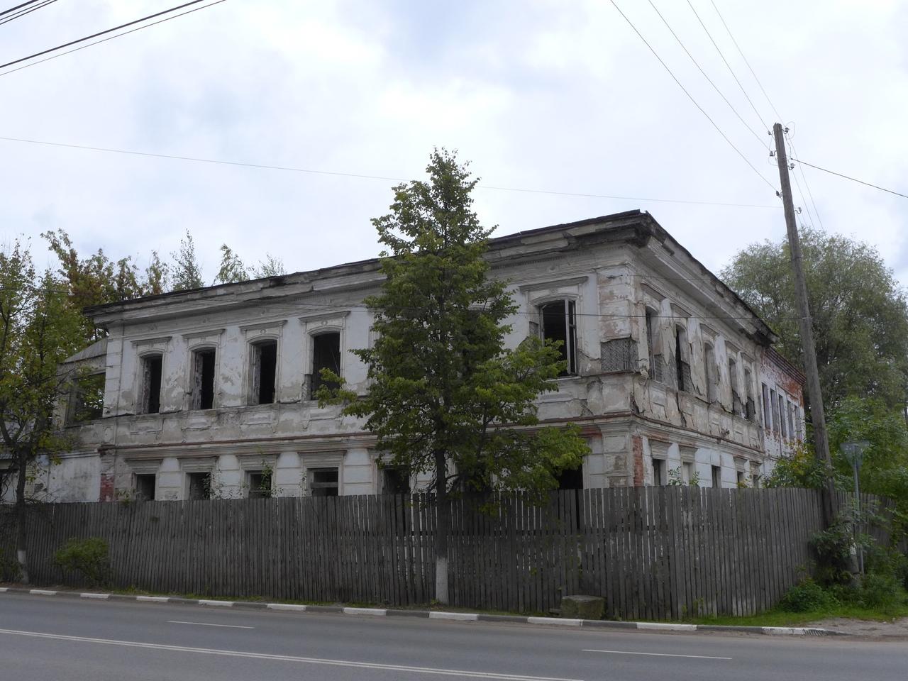 Вязники,улица Советская, заброшенное здание,