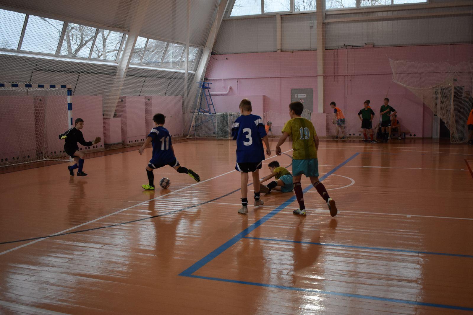 mini futbol vjazniki 3