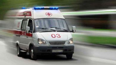 Photo of Жесть: пациент выпрыгнул из скорой, нанес себе ранения отверткой и утонул в пруду