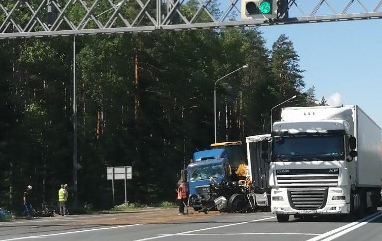 Массовое ДТП на трассе, есть пострадавшие