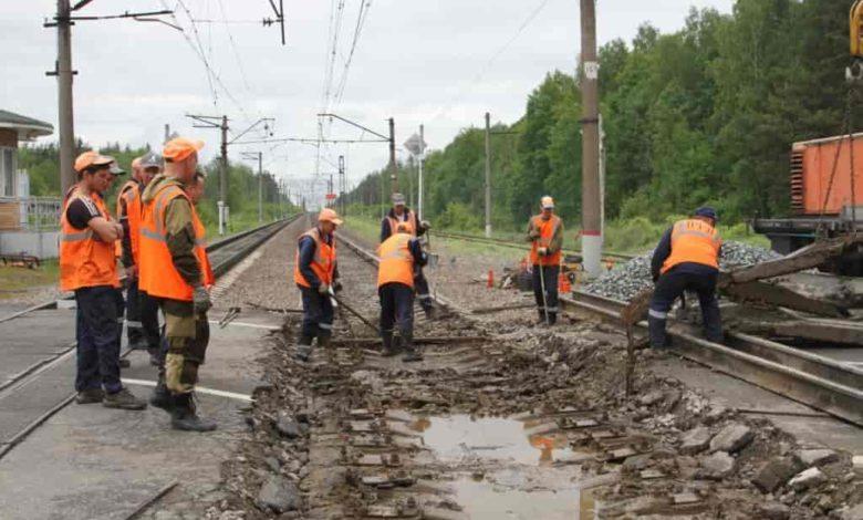 ремонт на железной дороге