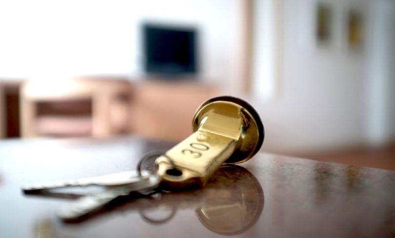ключ от гостиничного номера,