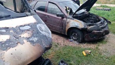 Photo of 90-е возвращаются: в Вязниках ночью сгорело несколько машин