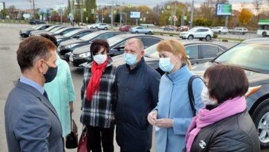 Photo of 20 легковых автомобилей обладминистрации направили в помощь участковым врачам