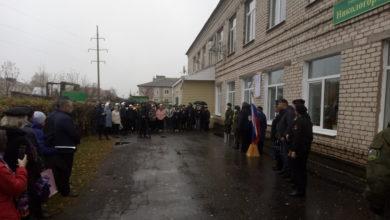 Photo of В Никологорах открыли памятную доску погибшему в Чечне Александру Бауэру